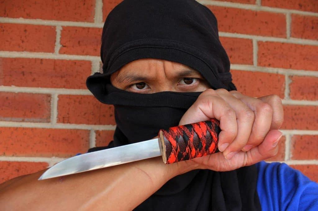 Messerkampf Wie K 228 Mpft Man Mit Einem Messer Grundlagen